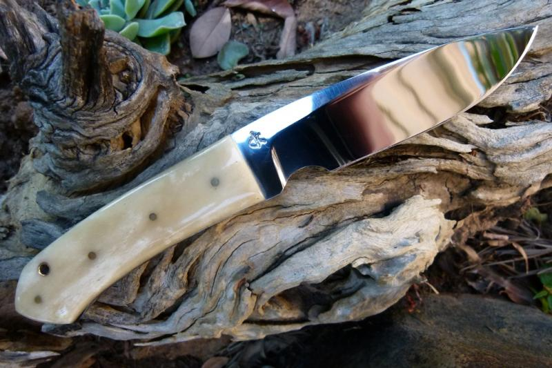 carbon-steel-fixed-blade-knives